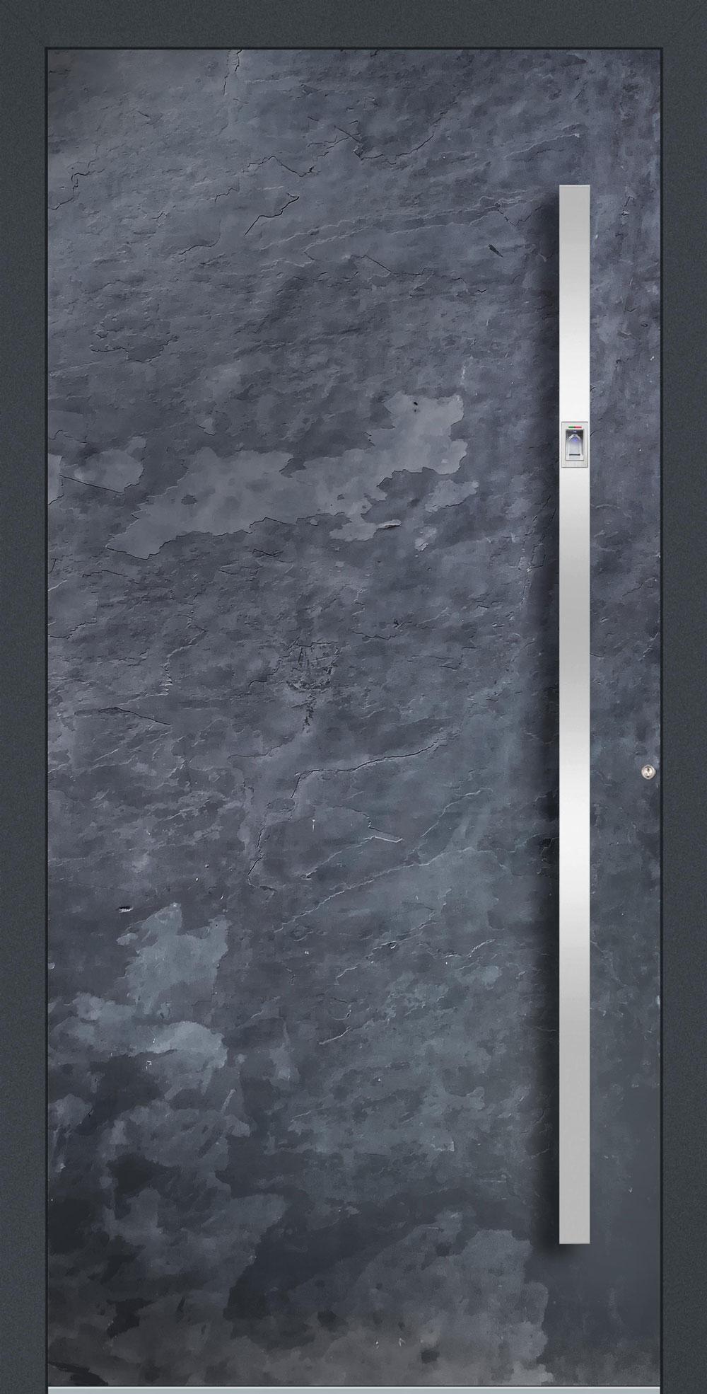 S01 komplett geschlossen Echtschieferoberfläche einseitig außen Anwendungsbeispiel in flügelüberdeckend, Edelstahlgriff 11090 ES mit integriertem Fingerprint
